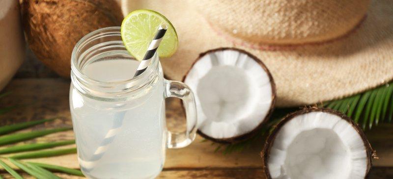 नारियल-पानी