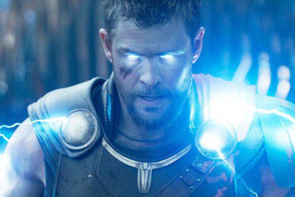Thor Chris Hemsworth-Salary of Avengers cast