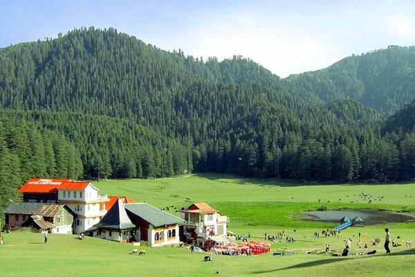 Khajjiar Honeymoon-Best Honeymoon Places In India