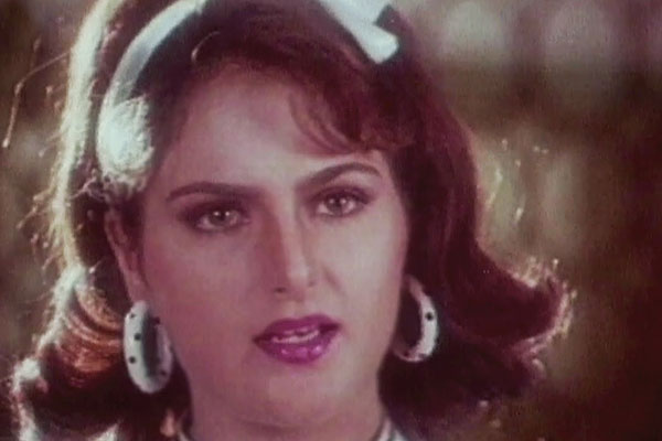 Monica Bedi-Bollywood stars ruined who their career overnight