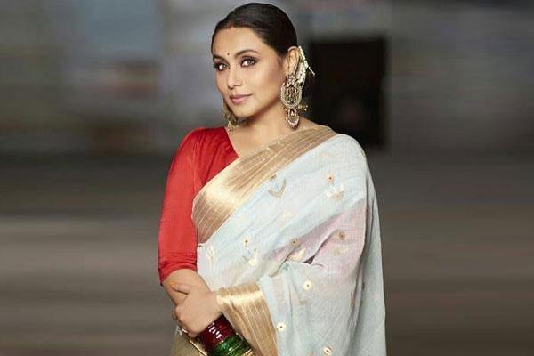 Rani Mukherji-Indian Celebrities Who Are Not On Social Media
