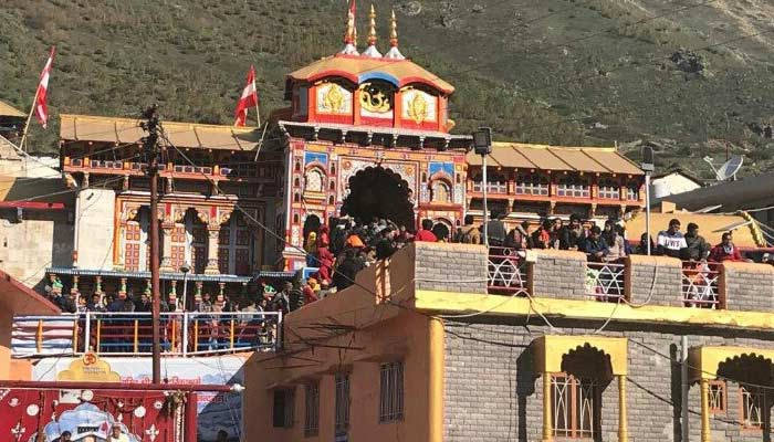 badrinath temple history in hindi