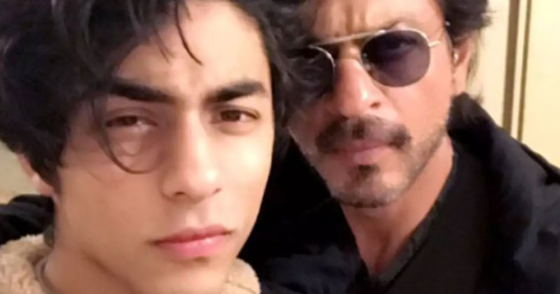Aryan Khan to make his debut with dad Shahrukh Khan