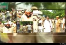 old-video-from-patna-shared-as-kashmiris-lathi-charged-by-police