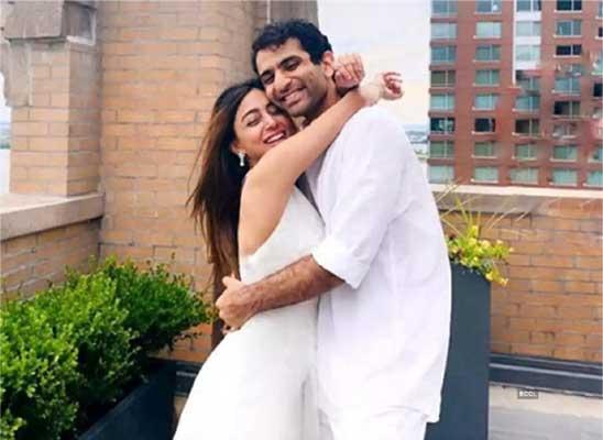 ayushmaan sethi relationship