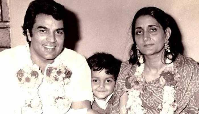 dharmendar first wife