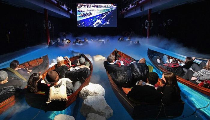 Movie theatre in paris