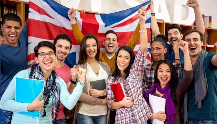 britain giving work visa to students