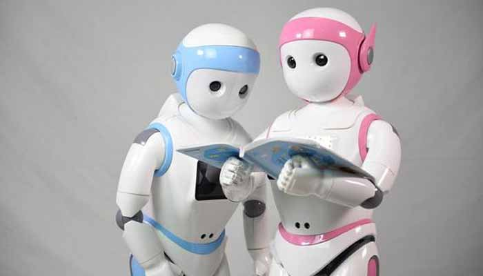 story robot will help students in studies