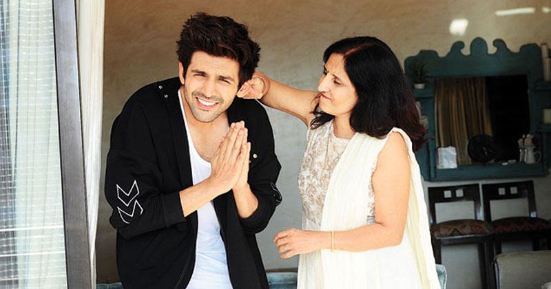 kartik aaryan reveals his mom cried watching him kiss onscreen