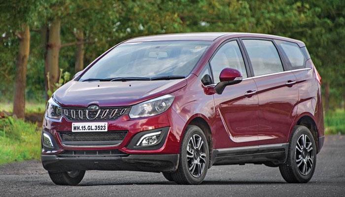 mahindra car year end discount