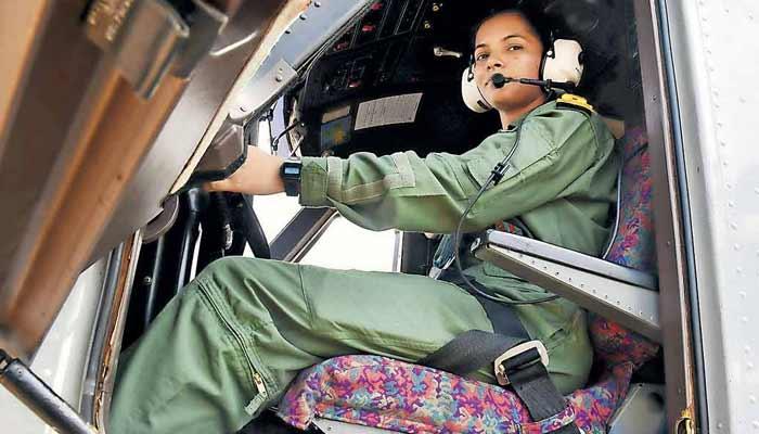 Shivangi First Woman Pilot