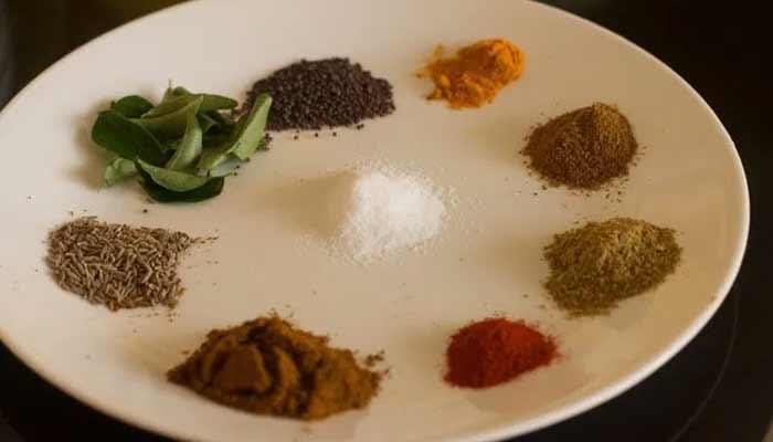 Misal Pav Ingredients