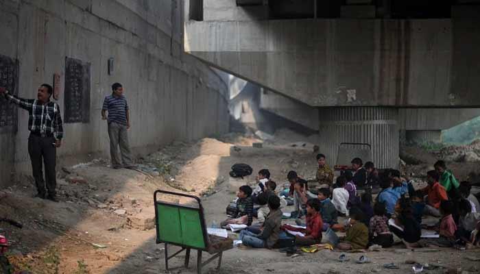 Free School Under The Bridge In Delhi For Slum Children