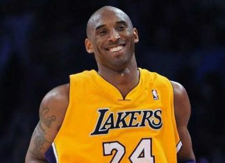 kobe bryant dies in a helicopter crash