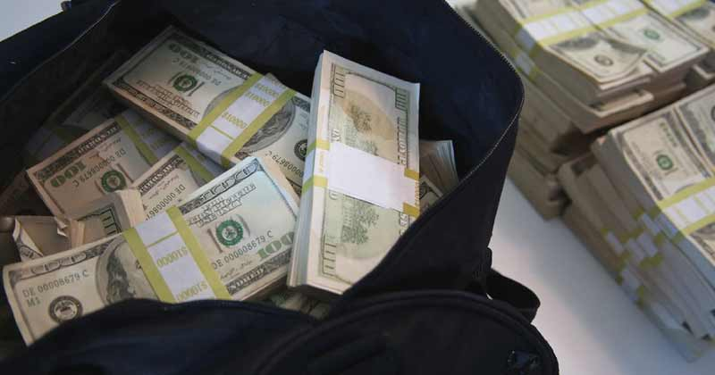 Michigan Man Bought Old Couch And Found 30 Lakh Rupees