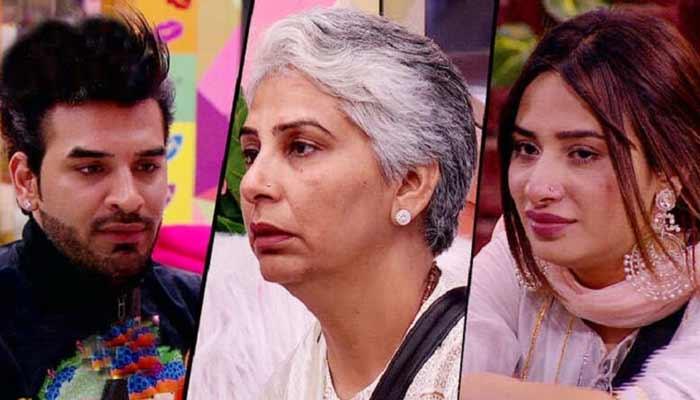 Paras Chhabras Mother on Bond With Mahira Sharma