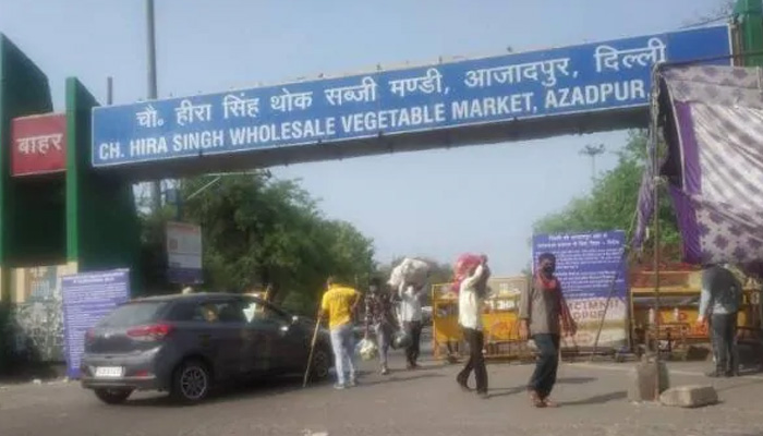 delhi azadpur mandi traders coronavirus positive shops sealed