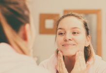 how to exfoliate face naturally at home