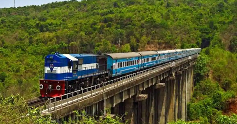 know eligibility criteria for konkan railway office assistant recruitment