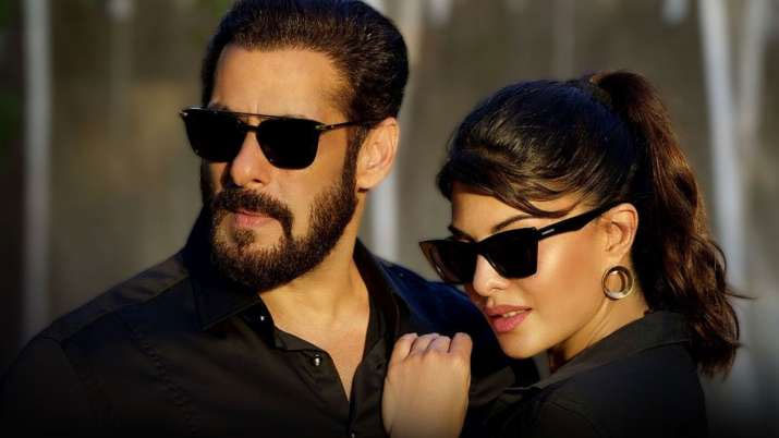 Salman khan and Jacqueline Fernandez Tere bina