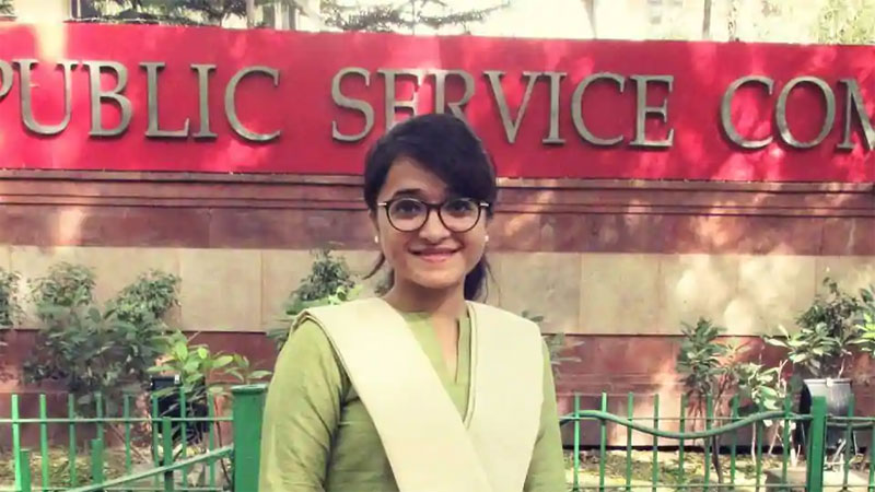 Slum girl became IAS