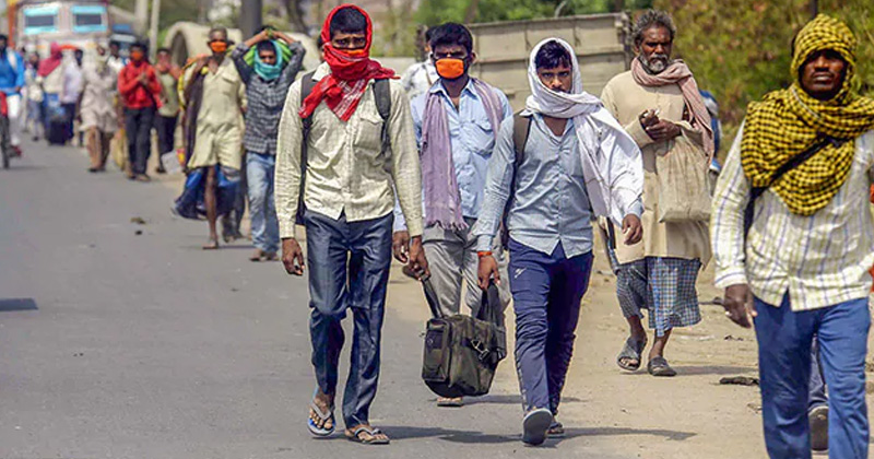 migrant workers gather at jaipur ajmer highway