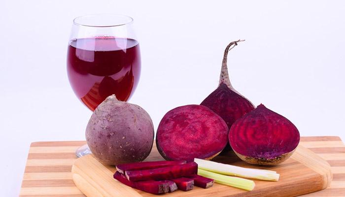 Beetroot- Anti Ageing Foods In Hindi