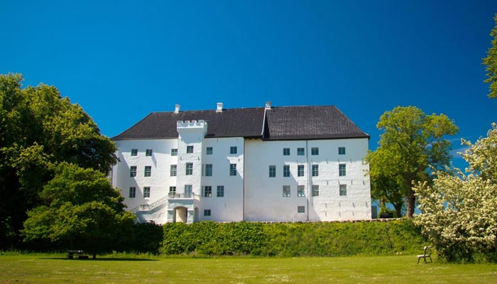 Denmark Dragsholm Slot