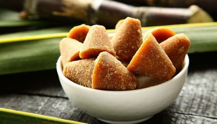 Jaggery for Periods Pain