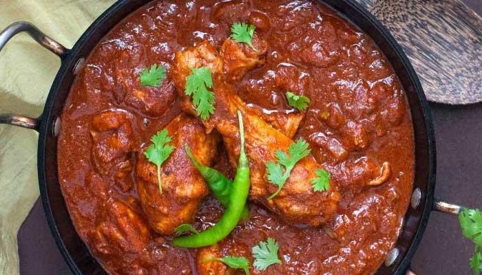 Laal Murgh recipe At Home