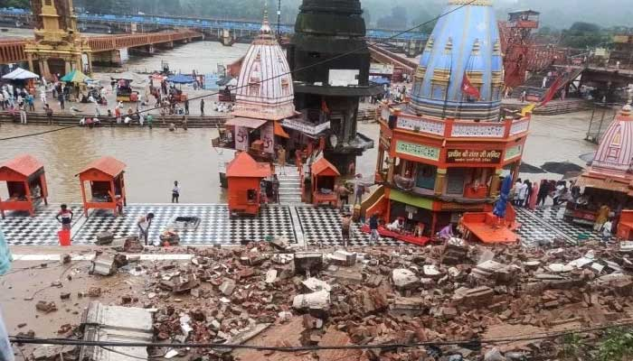 Har Ki Pauri Wall Collapse