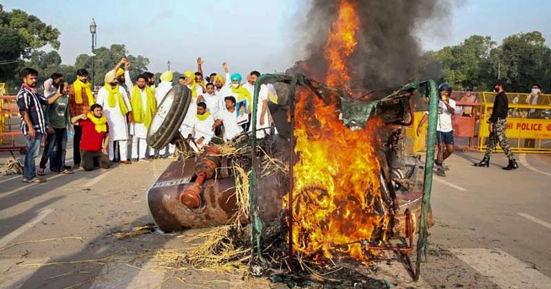Congress Workers Set Tractor On Fire