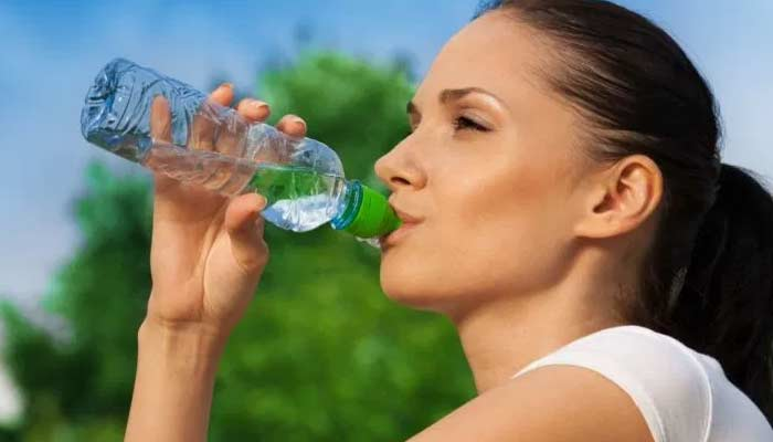 Drinking Water- Periods Pain