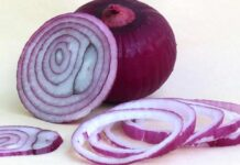 Onion Can Be Useful For Cleaning