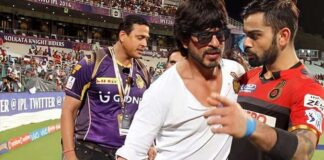 Shah Rukh Khan Trying To Calm Viral Photos