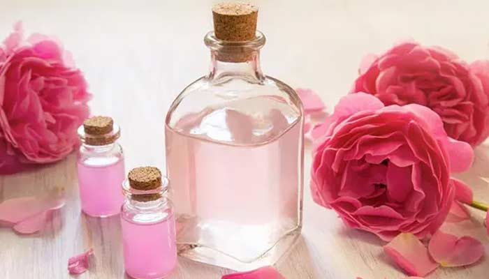 Cardamom And Rose Water Face Pack