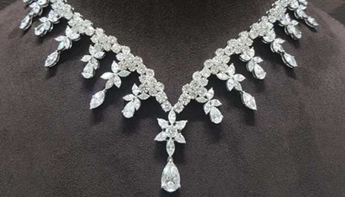 Diamond Necklace - World Most Expensive Pieces Of Jewellery