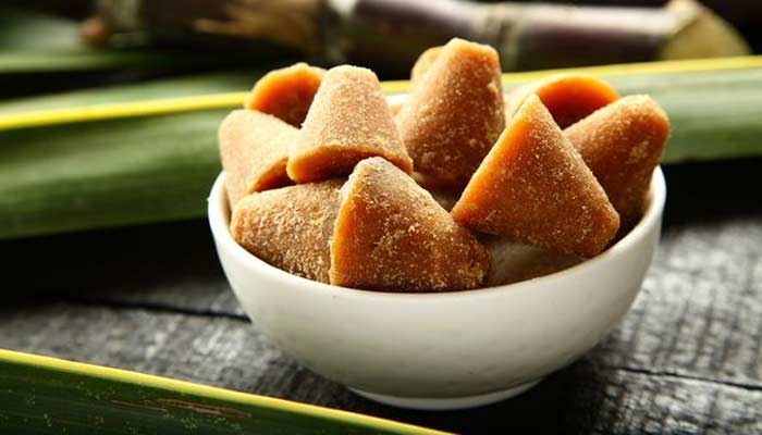 Jaggery- Reduce Deadly Effects Of Air Pollution