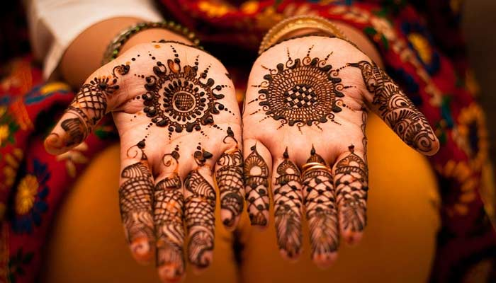Mehndi Design For Karwa Chauth