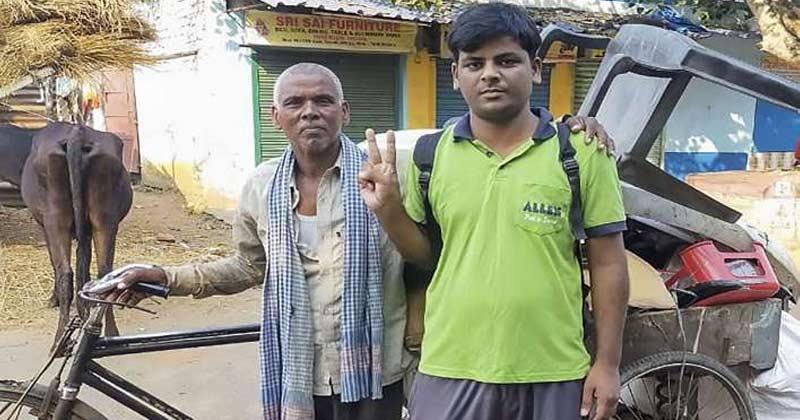 Scrap Dealer Son Arvind Kumar Clear NEET Exam