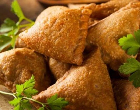 Singhare Ke Atte Ka Samosa Recipe