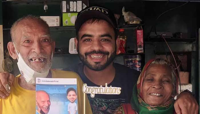 Baba Ka Dhaba Owner Files Complaint