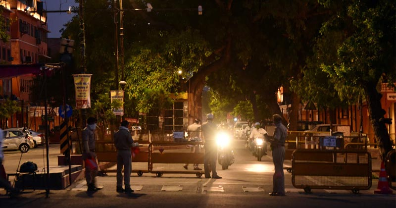 Delhi Curfew At Night
