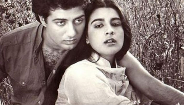 Sunny Deol Have An Affair With Amrita Singh