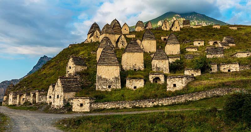 Dargavs World Mysterious Village In Hindi