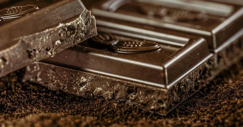 Chocolate Khane Ke Fayde