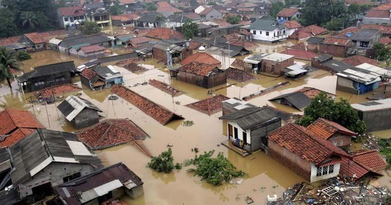World's Fastest Sinking City Jakarta In Hindi