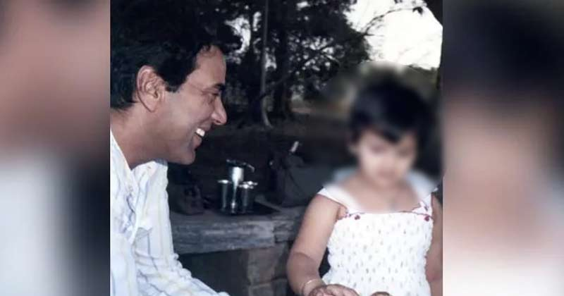 Esha Deol's Unseen Childhood Picture With Dharmendra