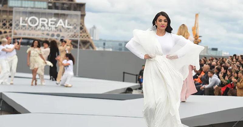 Aishwarya Rai Bachchan rules the runway at Paris Fashion Week 2021